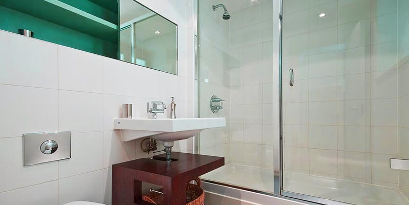 Glass Showerscreens